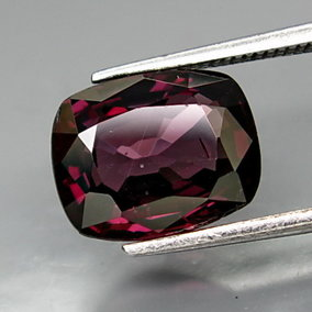 €129,99 2.75 CT. Purple Pink Spinel, SI