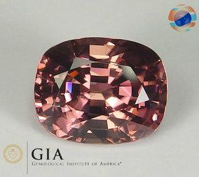 €999 GIA certified Pink Zircon, 8.51CT